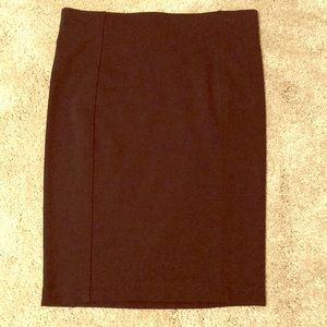 Black High-waisted pencil skirt